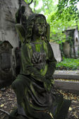 Sculpture of Angel at a Prague cemetery — Stockfoto