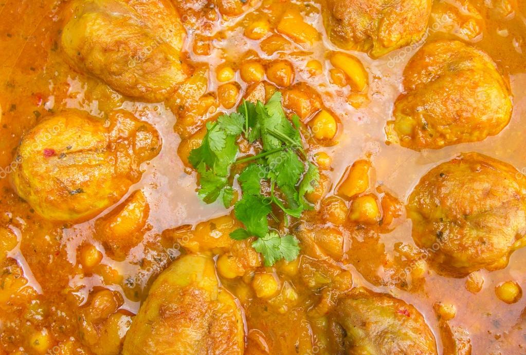 Coscia di pollo con ceci e salsa al curry cucina indiana for Piani di progettazione domestica indiana con foto