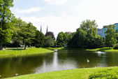 Park with lake in Antwerpen, Belgium — Stock Photo