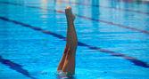 Piernas del nadador — Foto de Stock