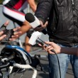Interview with bicyclist — Stockfoto #23913397
