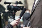 Ein interview für das fernsehen — Stockfoto