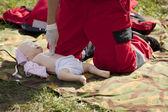 婴儿假急救培训 — 图库照片