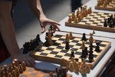 Satranç tahtası üzerinde hareket — Stok fotoğraf