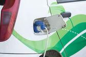 Carica batteria di un auto elettrica — Foto Stock