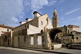 Town of Split, ethnography museum and cathedral — Stock Photo