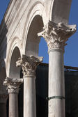 Arches on Peristyle in Diocletian's palace — Foto de Stock