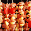 Meat on stick — 图库照片