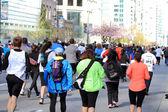 2013 sol vancouver corre huyendo de los participantes — Foto de Stock