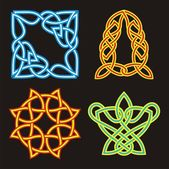 A set of Celtic ornamental designs. — Stock Vector