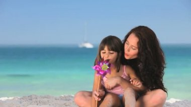 Mother enjoying time with her daughter — Vídeo de Stock
