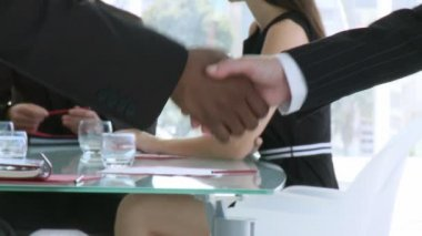 Handshake in a business meeting — Stock Video