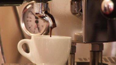 Making Coffee — Stock Video