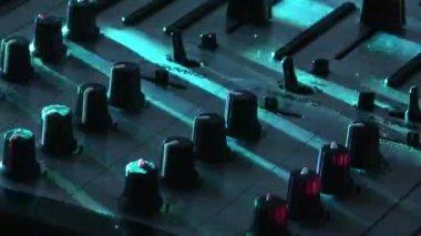 DJ on Decks — Stock Video
