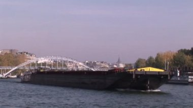 Cargo Ship on Seine — Stock Video
