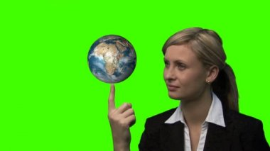 Businesswoman with the earth rotating in her hands — Stock Video