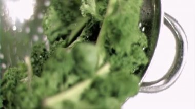 Kale being washed in super slow motion — Stock Video