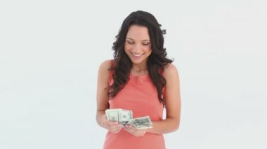 Woman counts her money — Stock Video