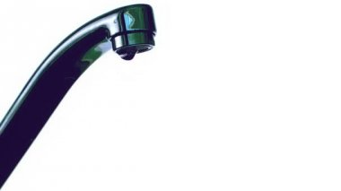 Leaky faucet — Stock Video
