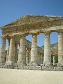 El templo dórico de segesta, en sicilia, italia — Foto de Stock