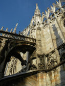 Milan gothic cathedral at the piazza del duomo — Foto Stock