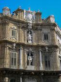 Quattro Canti in Palermo (four corners) — Stockfoto