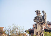 Bernini's marble statue of angel with cross from the Sant'Angelo Bridge in Rome — Stock Photo