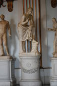 Inside one of the rooms of the Capitoline Museums in Rome — 图库照片