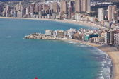 Benidorm, playa de poniente y pueblo antiguo — Stock Photo