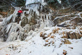 Ice climbing the waterfall — Stock Photo