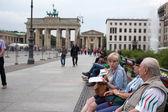 Brandenburger tor i berlin. — Stockfoto