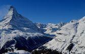 Matterhorn and the Alps — Stock Photo