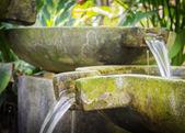 Água corrente — Fotografia Stock