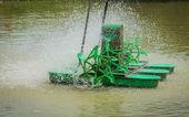 Motor türbin üretmek için su oksijen verir — Stok fotoğraf