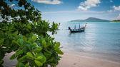 Wooden boat on the sea under sunlight — Stock Photo