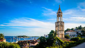 Old church bell tower on the island of Hvar in Dalmatia — Stock Photo