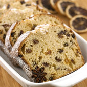 Holidays cake with raisins and nuts — Stock Photo