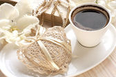 Romantic set  with coffee and decoration — Stock Photo