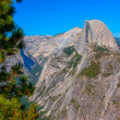 Half Dome and Yosemite Valley view from Glacier Point in summer. — Stock Photo