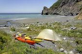 Kayak camping in Siskiyou Wilderness, North California — Stock Photo