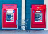 SACRAMENTO, USA - SEPTEMBER 23: Bank of America ATMs on Septembe — Stock Photo