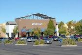 SACRAMENTO, USA - SEPTEMBER 13: Walmart store on September 23, 2 — Stock Photo