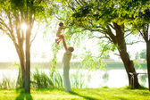 Dad and daughter in nature — Stock Photo