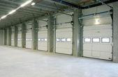Inside empy warehouse — Stock Photo