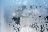 冬天玻璃上的冰模式 — 图库照片