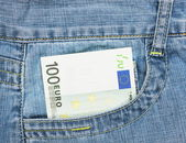 One hundred euro banknote in jeans pocket — Foto de Stock