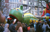 NEW YORK-NOV 21: On the day before the 2012 Macy's Thanksgiving Day Parade, all of the giant balloons are inflated with helium. Pictured here are the Flying Dragon and Kool Aid Kid balloons. — Stock Photo