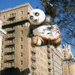 NEW YORK-NOV 22: holiday tradition since 1924, annual Macy's Thanksgiving Day Parade is seen by more th3.5 million people. Pictured here in 2012 is Kung Fu Pandballoon. — Stock Photo #34161393
