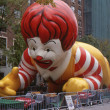 NEW YORK-NOV 21: On the day before the 2007 Macy's Thanksgiving Day Parade, all of the giant balloons are inflated with helium. Pictured here is Ronald McDonald, the symbol of McDonald's restaurants. — Stock Photo #35377095