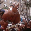 NEW YORK-NOV 21: On the day before the 2007 Macy's Thanksgiving Day Parade, all of the giant balloons are inflated with helium. Pictured here is Scooby-Doo, from the cartoon series. — Stock Photo